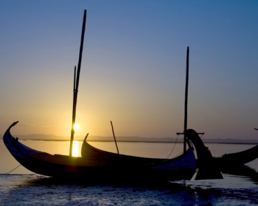 Sunset em Moliceiro na Ria de Aveiro a Dois + Ovos Moles e Papiro