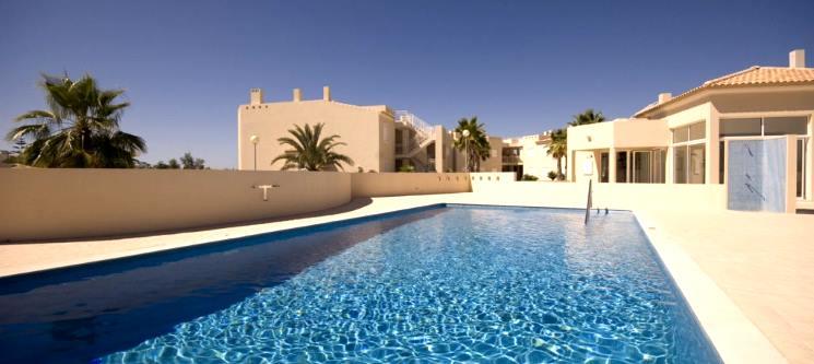Carvoeiro! 3 a 7 Noites em T2 ou T3 p/ até 4 ou 6 Pessoas | Algarve