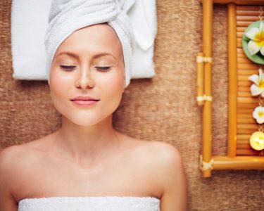 About Spa Amoreiras | Limpeza de Pele Profunda c/ Extracção & Massagem