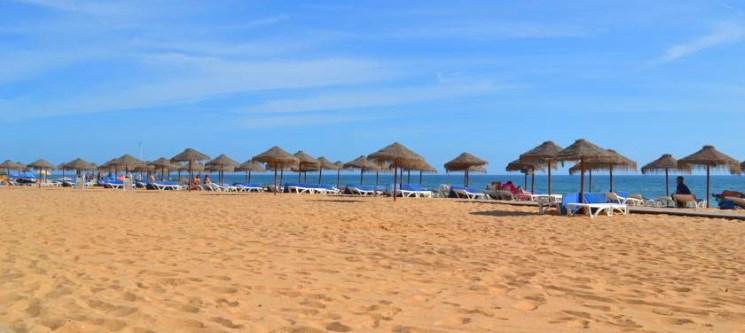 Férias à Beira-Mar na Quarteira! 3 a 7 Noites em T2 para até 6 Pessoas | Atlântida