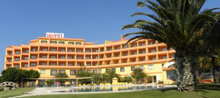 Fuga em Peniche! Noite com Spa & Jantar a Dois no MH Atlântico Golfe Hotel 4*