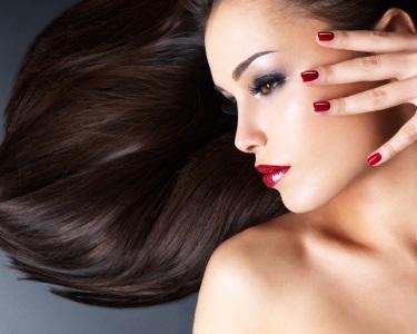Beleza Cabelo & Mãos! Brushing & Spa de Mãos c/ Manicure | Entrecampos