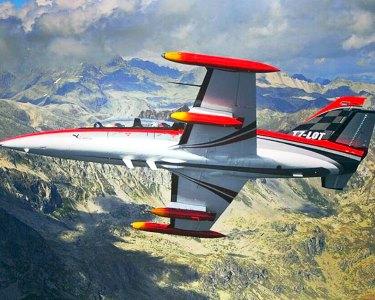 Voo Acrobático num Jacto L-39 Albatros   Loopings pelos Céus de Paderborn