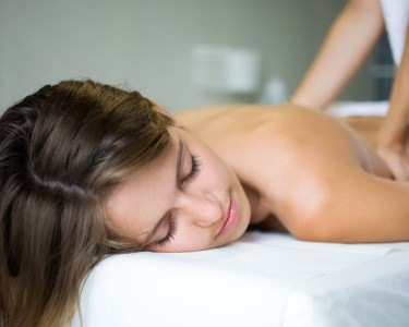 Massagem Relax & Spa Mãos e Pés ou Mini Facial | 2 Horas | La Boutique