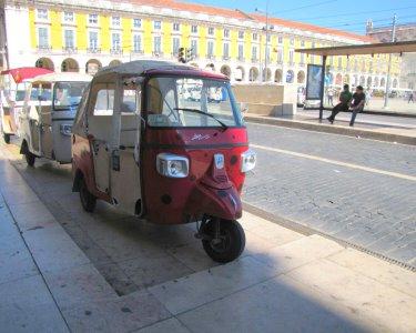 Conheça Lisboa de TukTuk | Três Tours à Escolha! Até 3 Pessoas