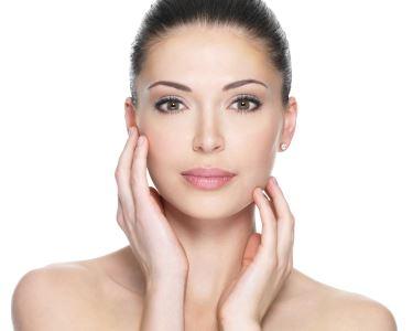 Limpeza Profunda + Massagem Facial c/ Gama MCCM   1 ou 2 Pessoas   Restelo