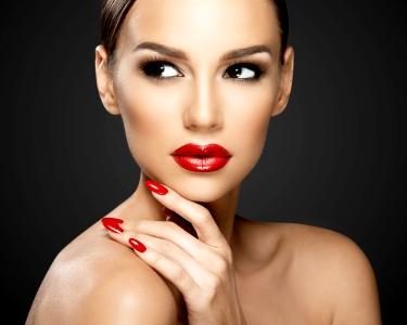 Unhas Perfeitas! Verniz de Gel c/ Opção Manicure & Pedicure | Beauty Center - Cacém