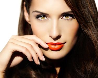Face Care! Hidratação + Makeup ou Radiofrequência + Lifting Botox | Baixa