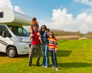 Autocaravana por Portugal | Até 4 Pessoas | Boa Vida em 4 Rodas!