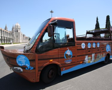 De Caravela pelas Ruas de Lisboa a Dois | Tour de 1h45 | Caravel on Wheels