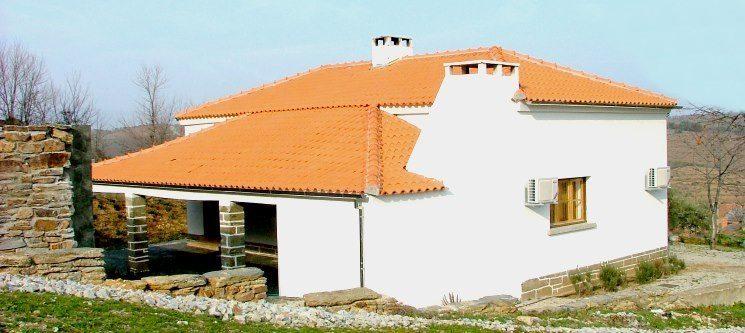 Casas Escola | Alfândega da Fé - 2 ou 3 Noites em Alojamento Rural