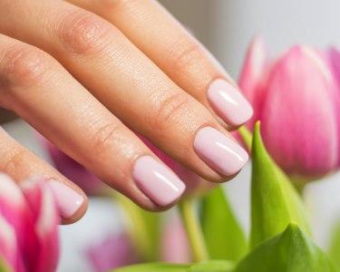 Manicure Completa com Verniz Gel | Clínica do Rato - Perfeição Máxima!