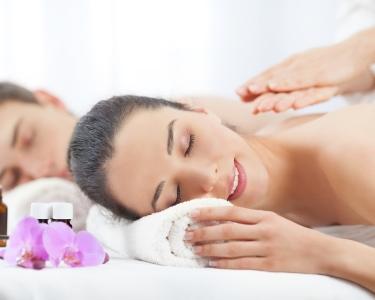 Paixão & Relax | Massagem de Relaxamento a Dois | 40 Minutos | Delinea - Odivelas