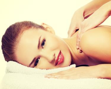 Massagem Exótica Corpo Inteiro com Opção Esfoliação | Parque das Nações