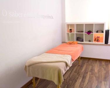 Massagem c/ Óleos & Essências de Mel | 50 Minutos | Espaço Essências - Day SPA e Terapias