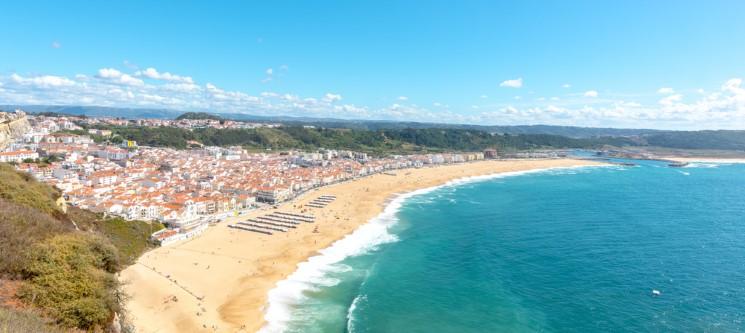 Holidays Nazaré Marginal | Apartamento até 5 Pessoas Junto à Praia