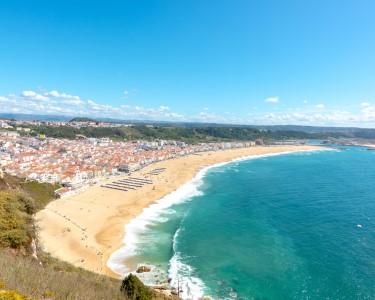 Holidays Nazaré Marginal | Apartamento até 5 Pessoas Junto à Praia!
