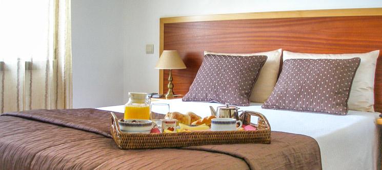 Hotel Louro | Óbidos - 1 a 3 Noites para 2 Pessoas
