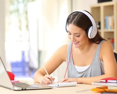 Travel English Course - Aprender Online em 1, 3, 6 ou 12 Meses | Falar Leva-o a Viajar!