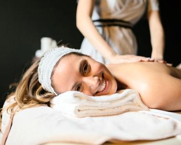 Top Relax! Tratamento SPA Corpo Inteiro + SPA Mãos & Pés | 2 Horas | Laranjeiras