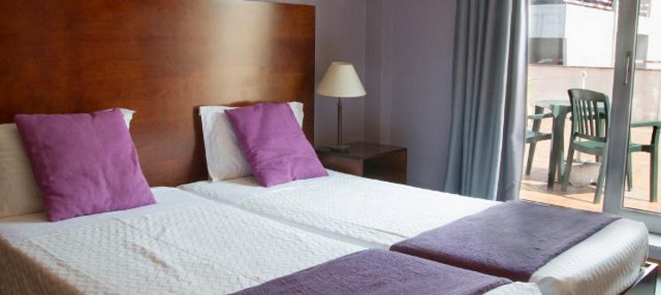 Hotel Navarras - Amarante | Noite de Romance com Garrafa de Vinho