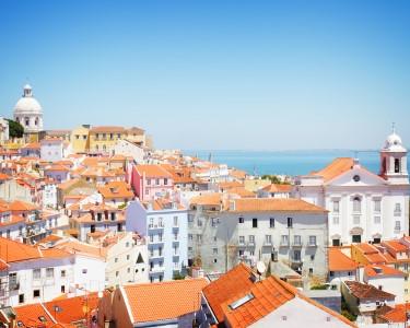 Petiscos do Mundo em Alfama para Dois | Passear e Namorar em Lisboa!