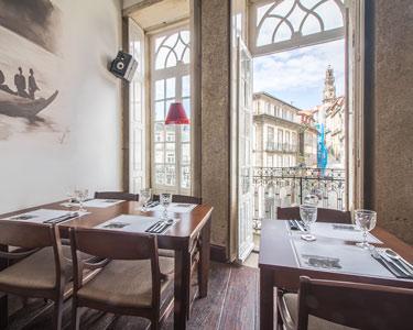 Jantar Romântico a Dois no Coração do Porto | Restaurante RAIZ