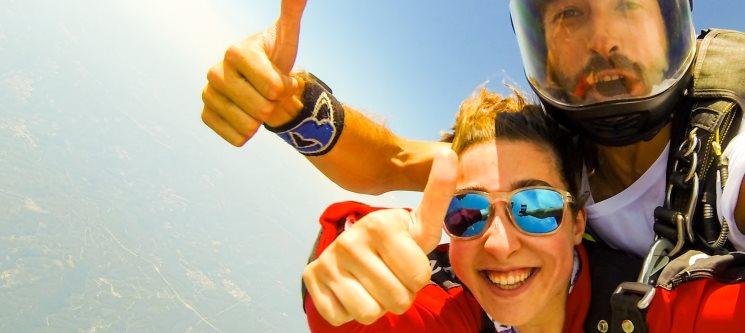 Salto Tandem a 3000m ou 4200m | Skydive Europe Évora - Adrenalina em Estado Puro!
