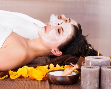 Spa Facial a Dois c/ Microdermoabrasão + Terapia Oxigénio | 5 Clínicas Sorria