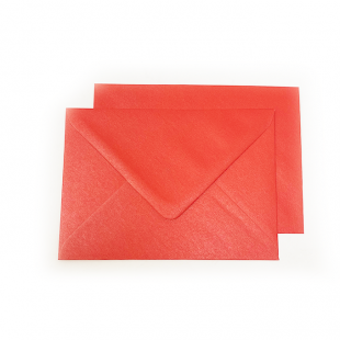C6 Pearlised Xmas Red Envelopes (114mm x 162mm)