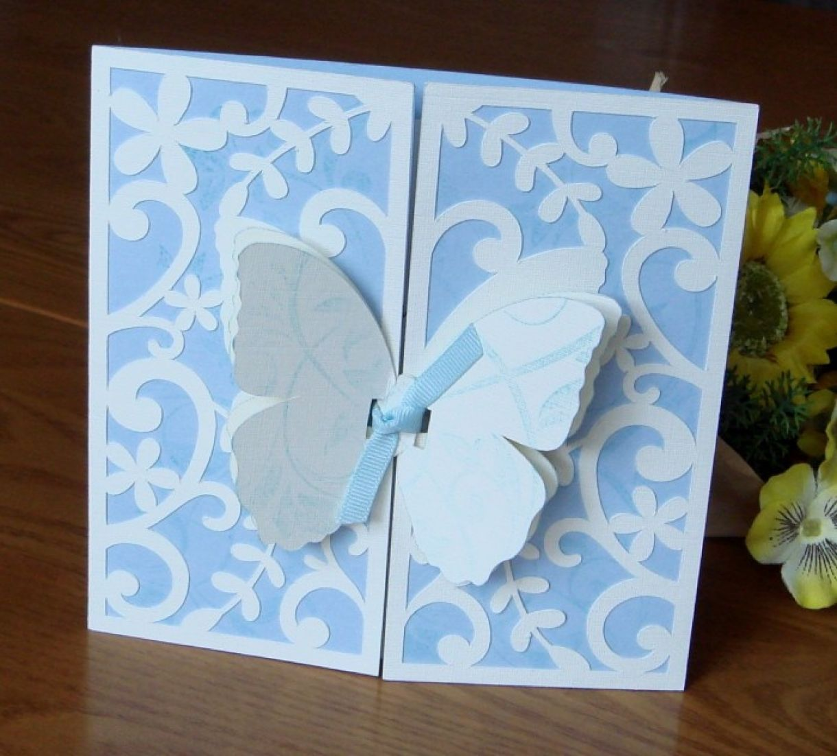 learn how to make beautiful gatefold cards
