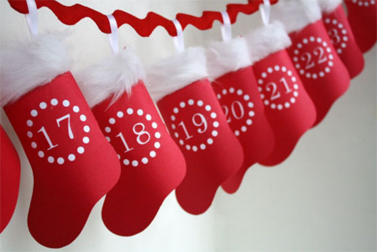 Hanging  Paper  Advent  Stocking  Calendar
