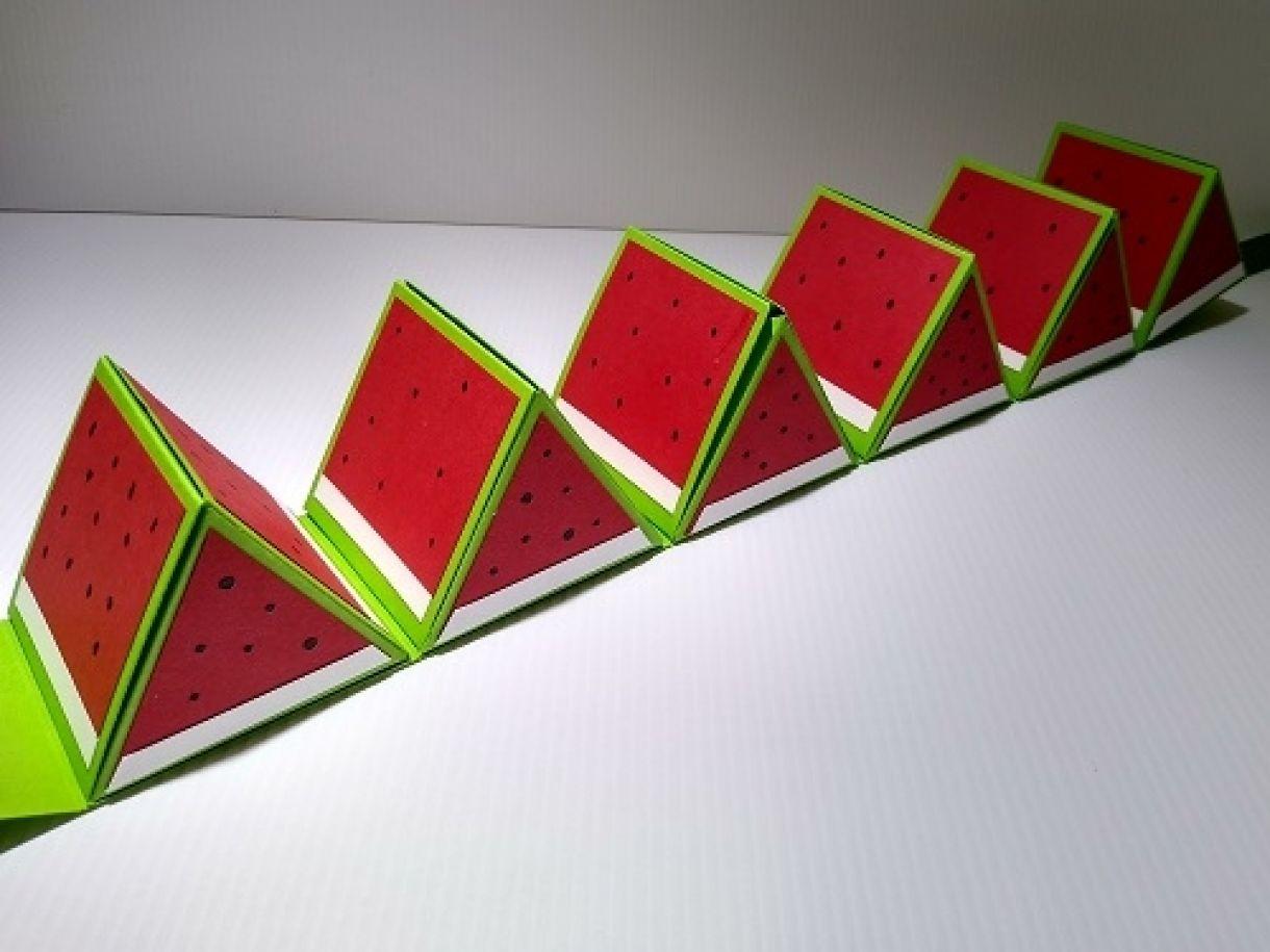 Hexagonal Roll Up Watermelon Gift Box 3