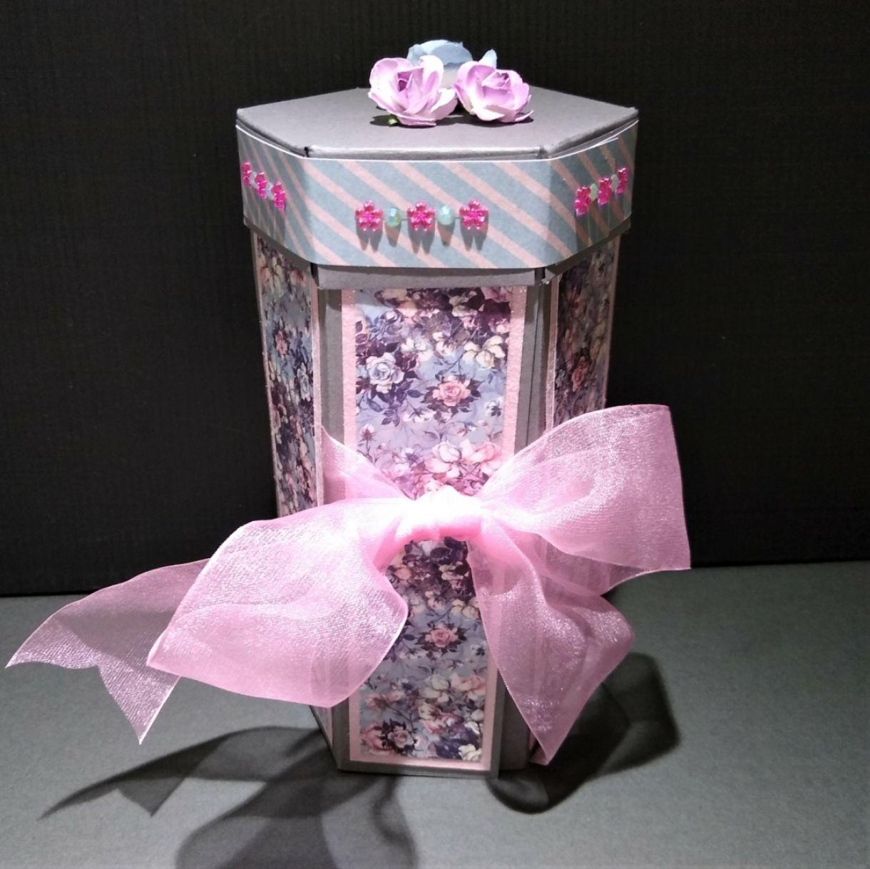 Hexagonal Stacked Gift Box 4