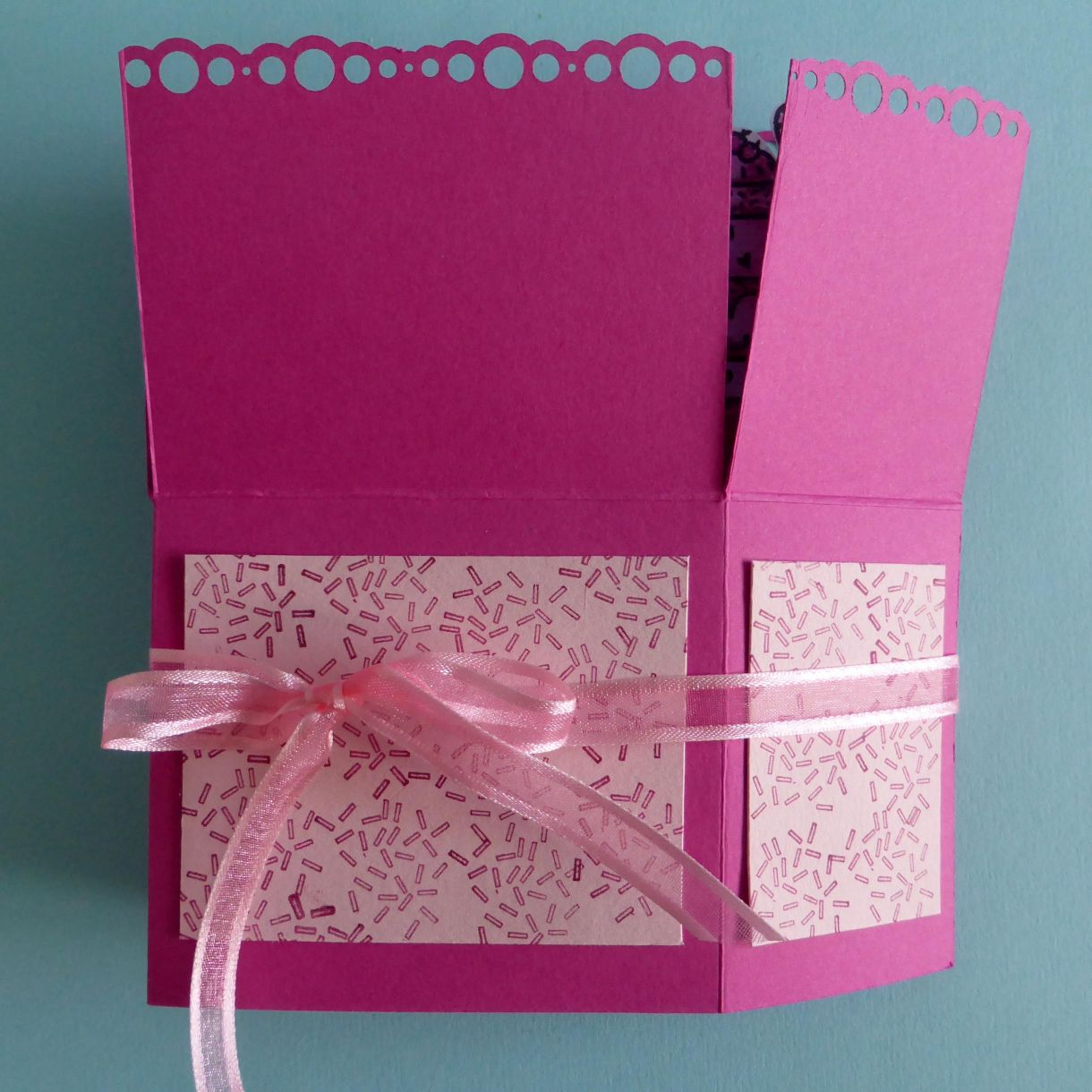 Jane Cupcake Box Card 1N