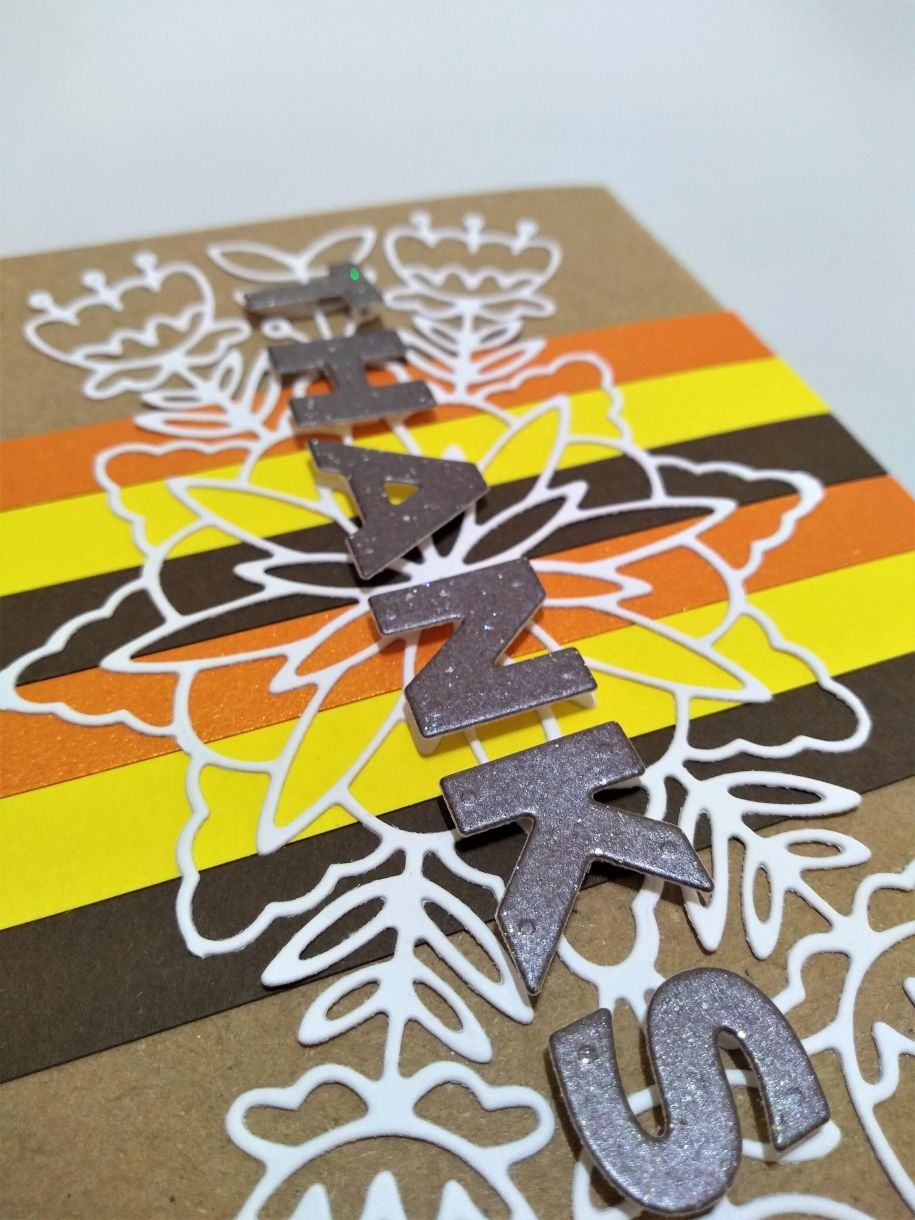 L Thompson Thanksgiving Card Closeups 2