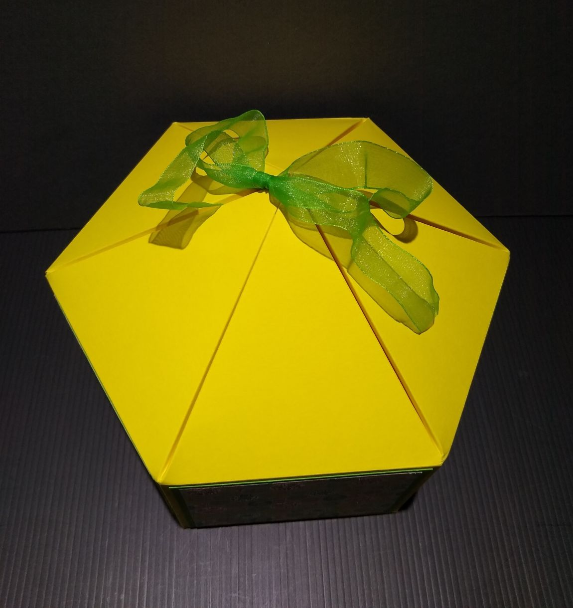 Large Squat Hexagonal Gift Box 1