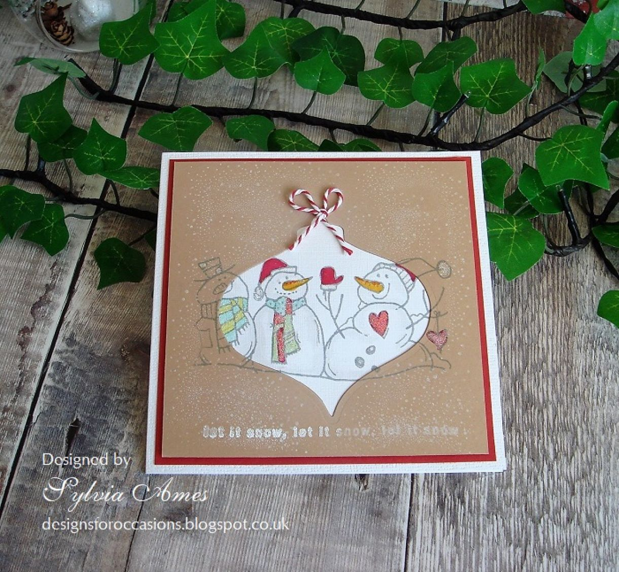 Woodware Snowmen Cut Out Card 12