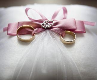 DIY 1st Wedding Anniversary Gifts