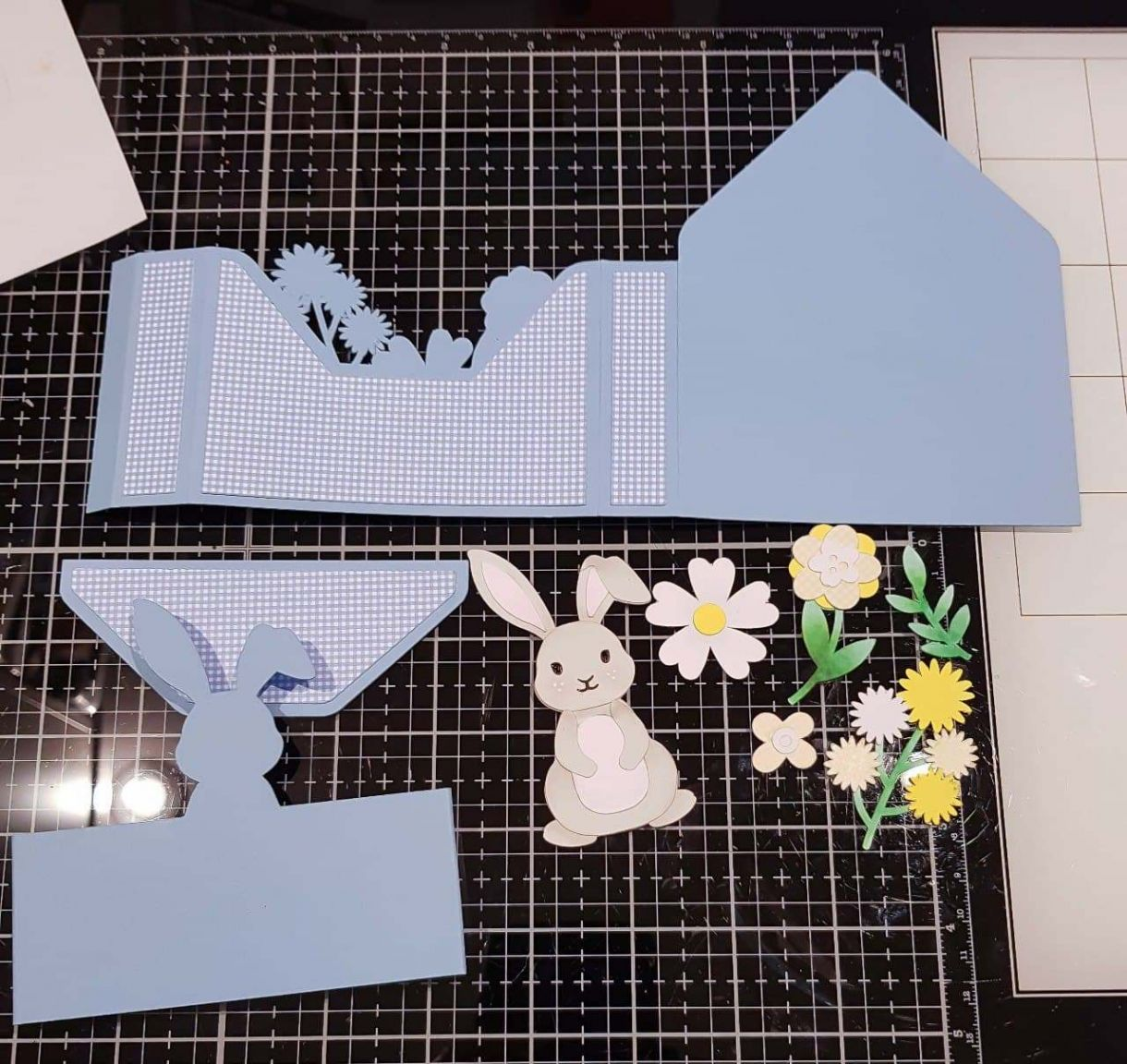 Apb Easter Bunny Envelope Card Assembly
