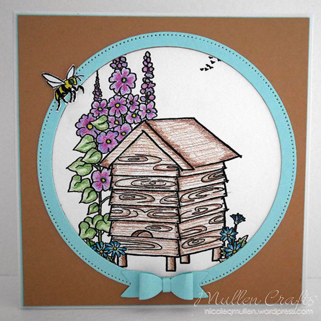 Beehive Nicole 5