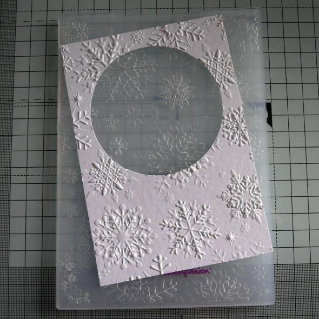 Circle Scene Xmas Card Nicole 5