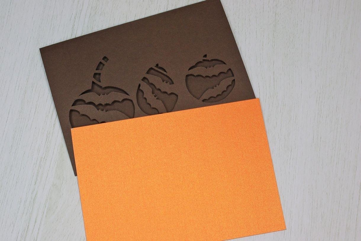 Laura Pumpkin Card8