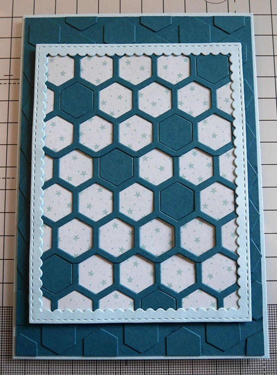 Nicole Honeycomb Blue Bday Card 10