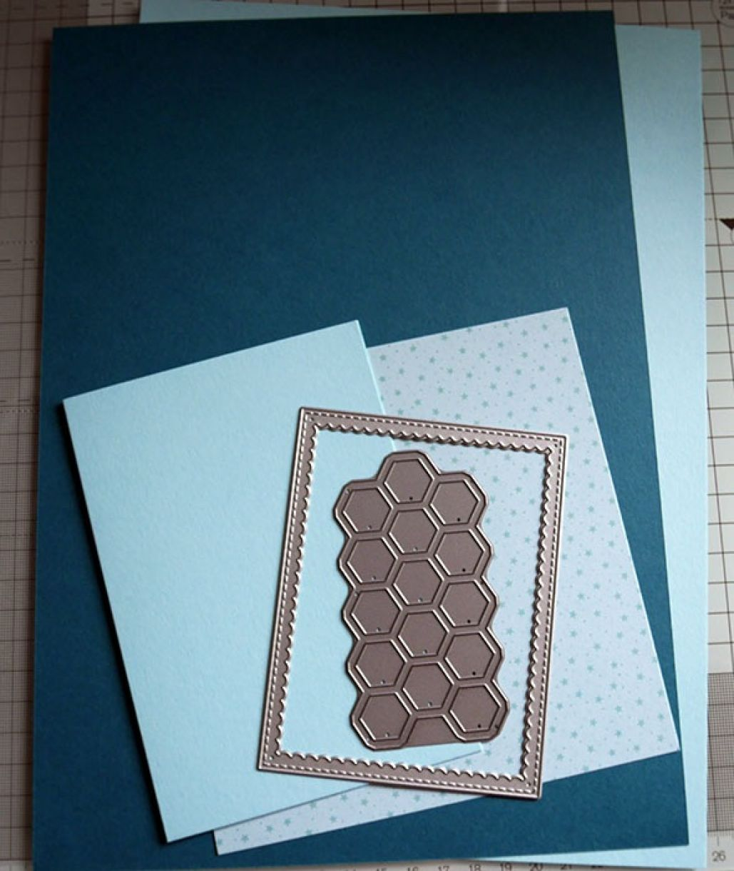 Nicole Honeycomb Blue Bday Card 1