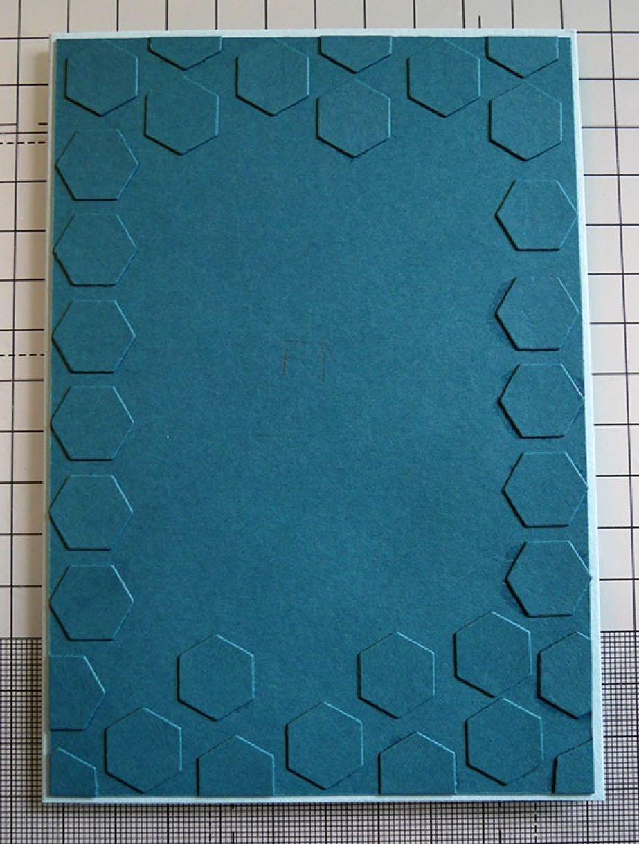 Nicole Honeycomb Blue Bday Card 9