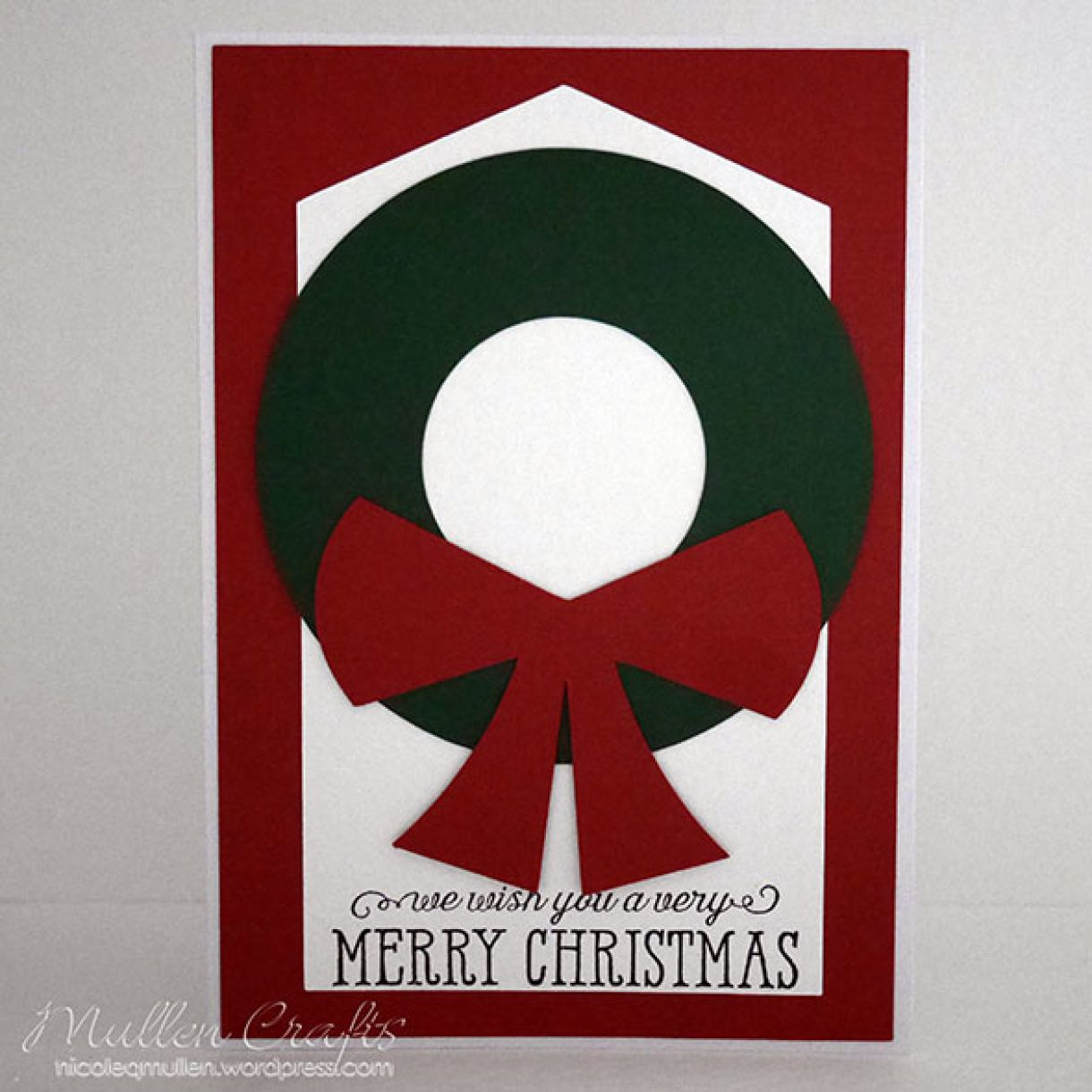 Nicole Wreath Card Tag 1