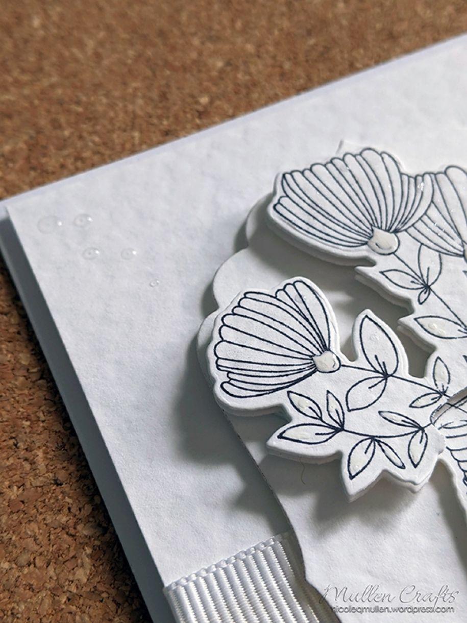 Nm White On White Vase Of Flowers 14