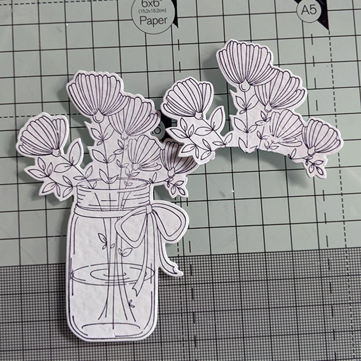 Nm White On White Vase Of Flowers 3
