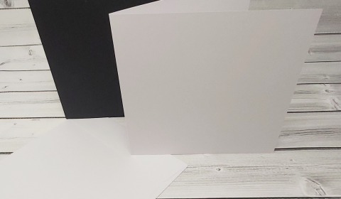 """20 White and Black 8"""" x 8"""" Square Card Blanks with White Envelopes"""